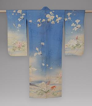 A Ju-San Mairi Kimono on display at New Yorks Metropolitan Museum