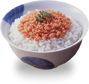 One of my favirute ways of eating slamon in Japan- as dried slated flakes out of a jar on rice- or as a filling for  rice balls