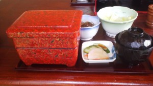 My UNAJU ( eel on rice served in a laquer box) arrives ! (The Doyo no Ushi Day 2012)