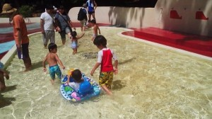 Cool water flows freely at the Kuma-Chan Kiddy pool in Matsushiro, Tsukuba- open everyday through the end of August