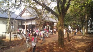 Locals gather on the grounds of the Fukuju Yama Kannonji Temple in Hakke Tsukuba to begon preparations for the unique Ryusui Fireworks event ( 4pm on Sept. 9th 2012)