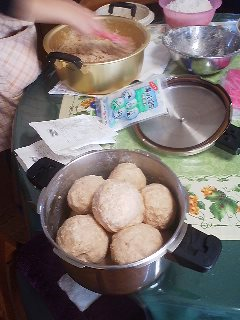 A bowlfull of miso balls