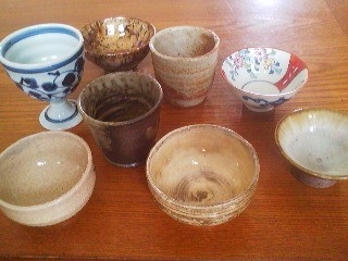 Some of the sake cups from my collection - the deeper ones are called GUINOMI, while the shallwer ones- a true challenge to bring to your lips when filled after you`ve already had a bit, are O-Chokko.