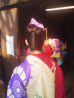 Like other MATSURI, the Sawara Festival is great for its variety of beautiful costumes