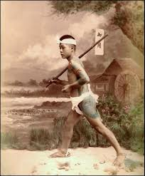 When I see a Japanese marathon runner on TV I can`t help but be reminded of the traditional HIKYAKU (飛脚) the running couriers who carried letters and small parcels as part of a delivery system which existed from atleast as early as the Kamakura Period right up to the 1860s when other forms of transport and communications took over