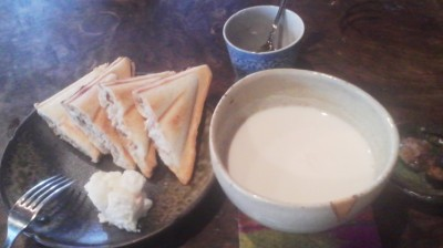 Tuna snadwiches with a bowl of chestnut milk -from the SHIMAKI NOEN FARM in Chiyoda Village