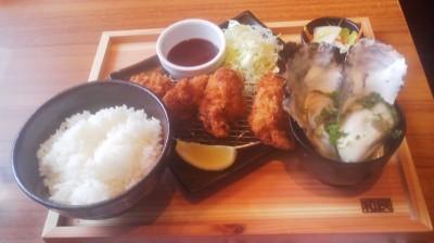 "An oyster ""set-lunch"" for less than 900 yen at a restaurant in Tsukuba"