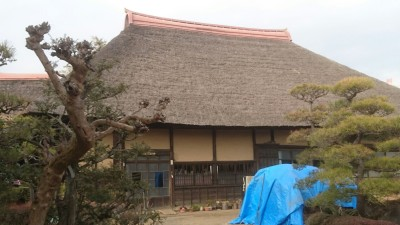 Not far from the temple is the Otsuka House, extant from the mid-Edo Period - an Important Cultural Property