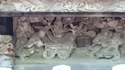 Carvings at the Yahashira Jinja Shrine in Makabe